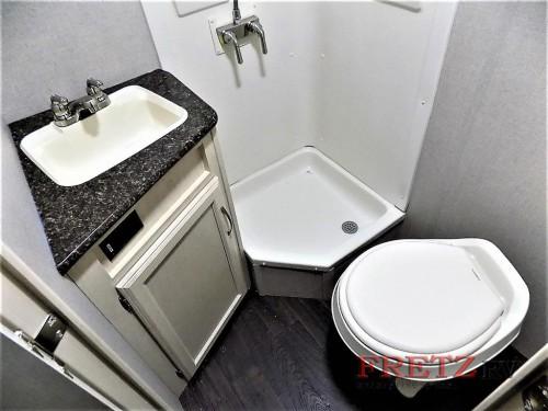 Minnie Drop Teardrop Trailer Bathroom