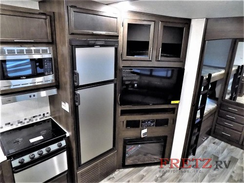 Starcraft Telluride 296BHS Fifth Wheel Interior