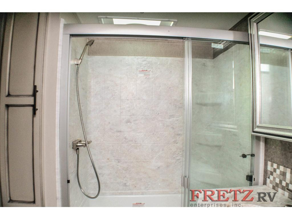 Fretz Jayco Eagle Bath