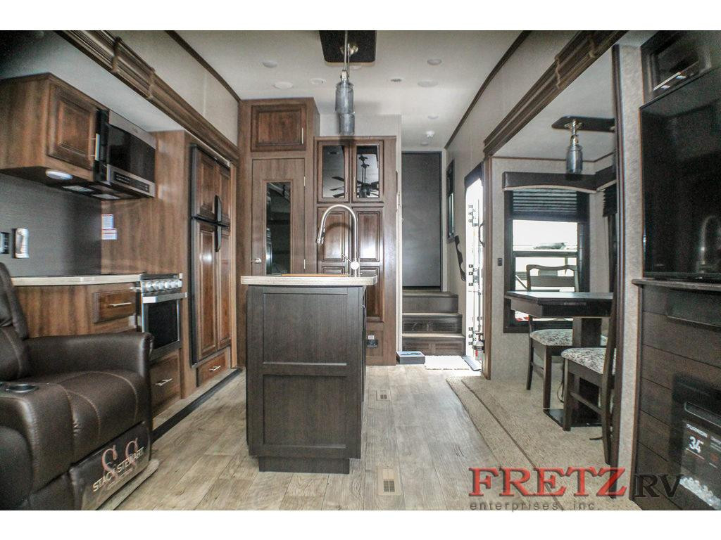 Fretz Jayco Eagle Living